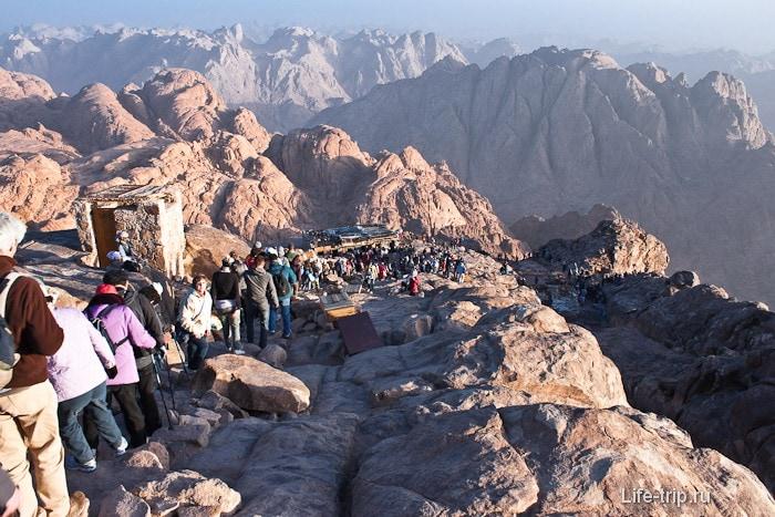Спуск с горы Моисея. 800 ступенек.
