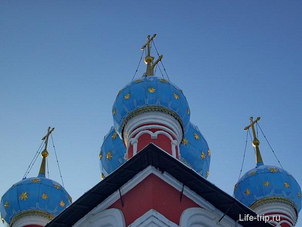 Углич. Церковь царевича Дмитрия на крови.