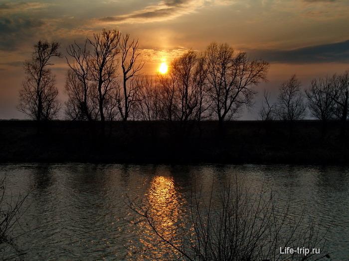 Река Красивая Меча. Около г.Ефремов.