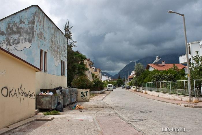 Город Кемер. Не совсем курортная Турция.
