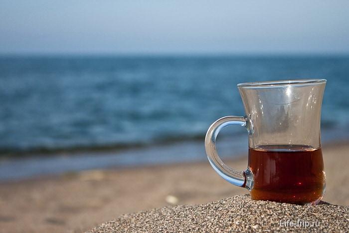 Турецкий чай на побережье турецкого Черного моря.
