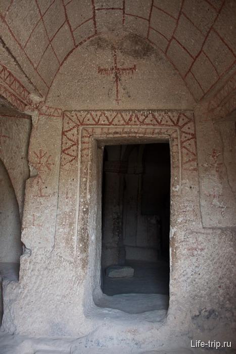 Остатки храма. Каппадокия.