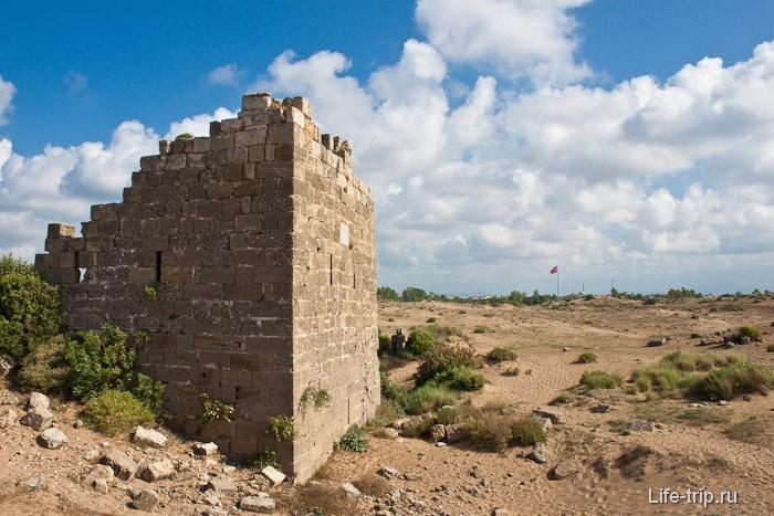 Развалины города Сиде. Турция.