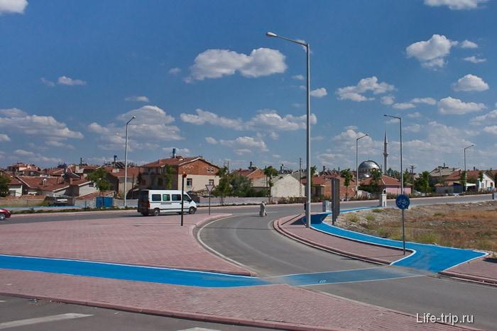 Велосипедные дорожки. Город Конья. Турция.