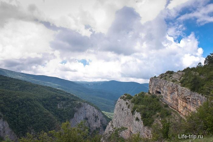 Большой каньон Крыма и Коровий грот.