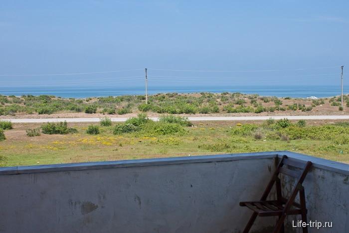Вид с балкона на Черное море.