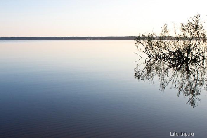 Утро. Озеро Волго.