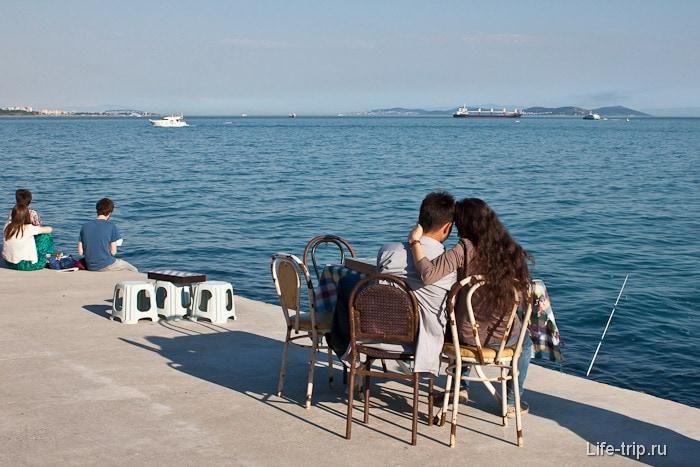 Романтика на берегу Мраморного моря. Стамбул.