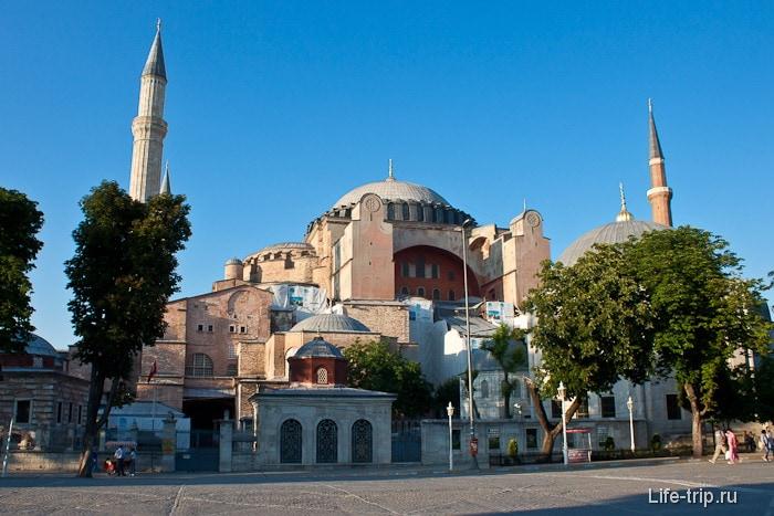 Айя-София (Софийский собор) в Стамбуле.