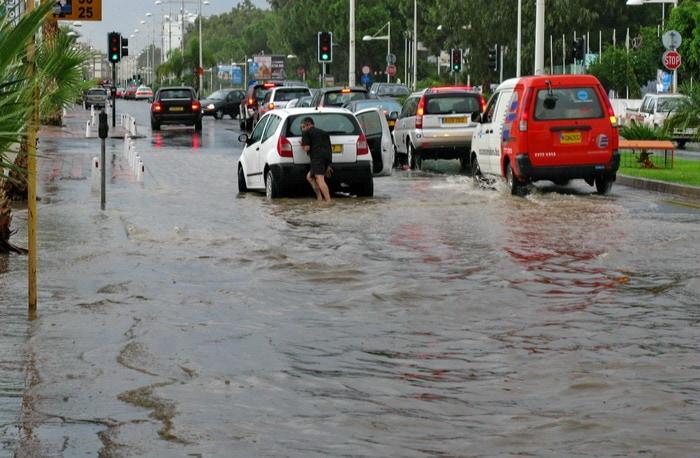 Наводнение на Кипре