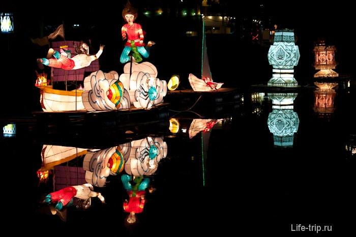 Светящиеся фигуры на воде