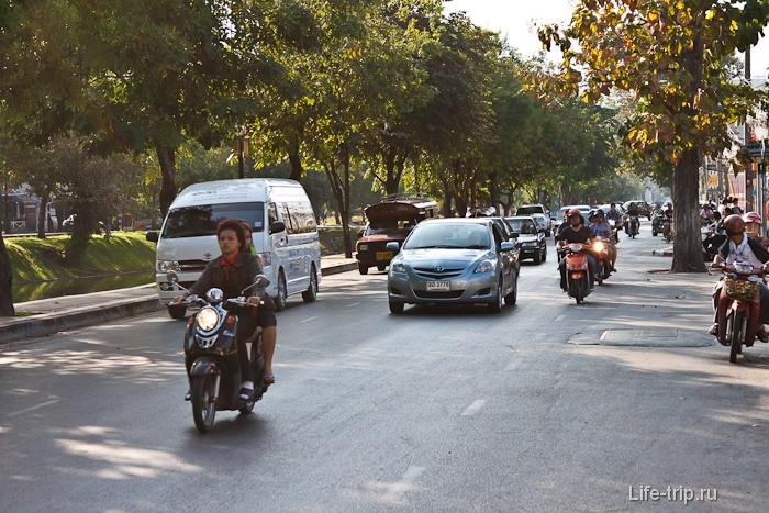 Плотное движение на улицах