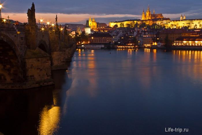 Центр Праги, волшебный Пражский град вечером