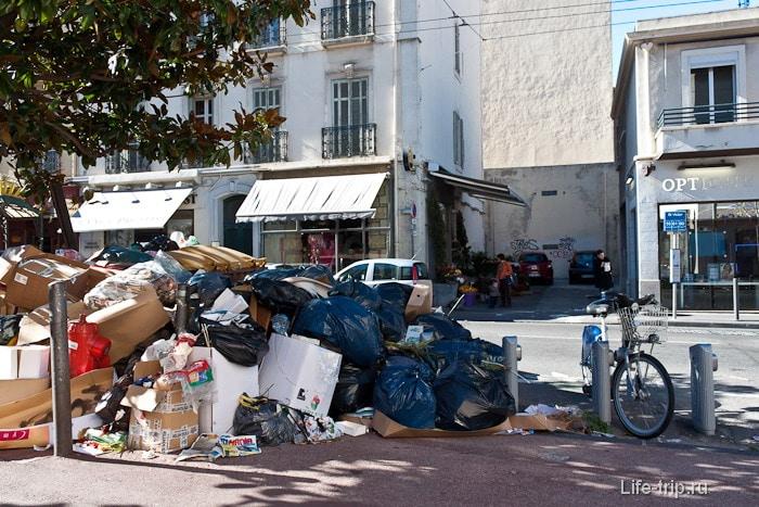 Город Марсель и те самые горы мусора из-за  забастовки