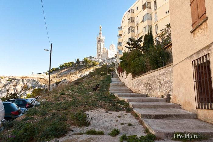 Собор Нотр-Дам де ла Гард, город Марсель