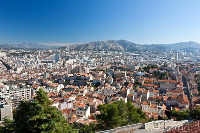Город Марсель с высоты птичьего полета