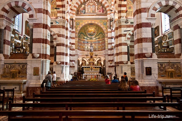 В соборе Нотр-Дам де ла Гард, город Марсель