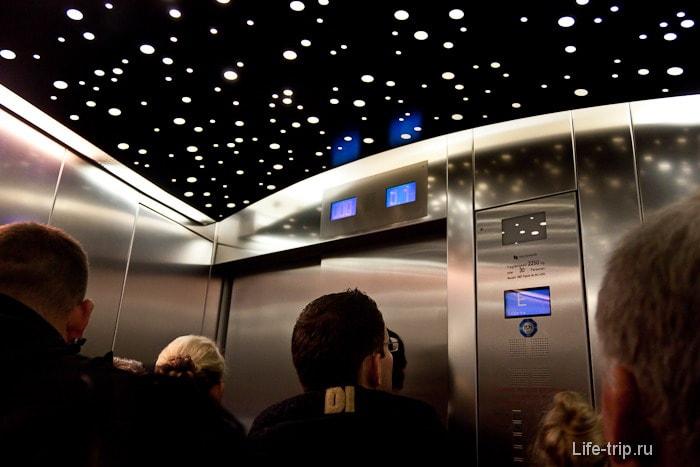 На лифте к небесам
