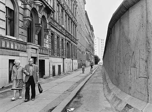 Жизнь за Берлинской стеной, Западный Берлин