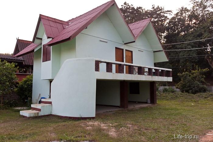 Дом за 1500 бат в Чианг Саен