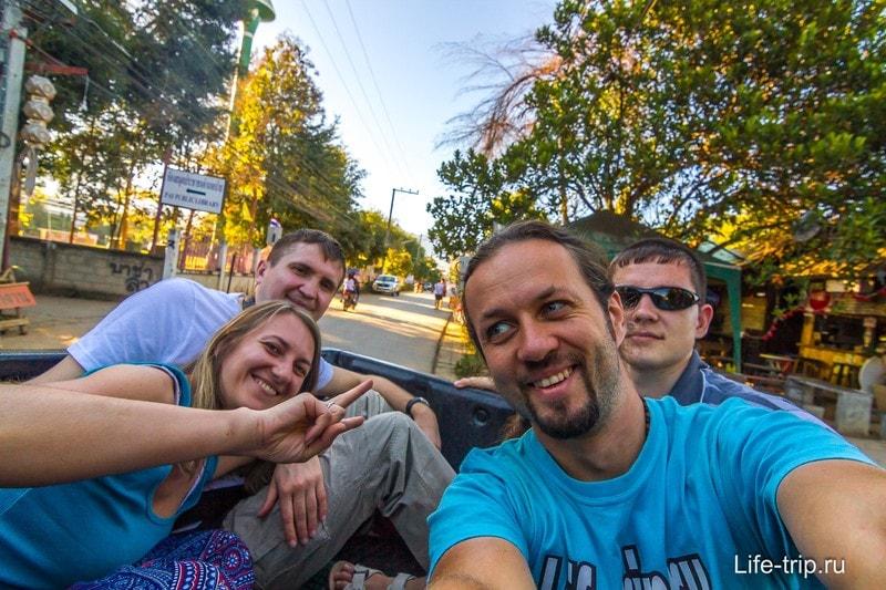 Едем автостопом на пикапе по Таиланду