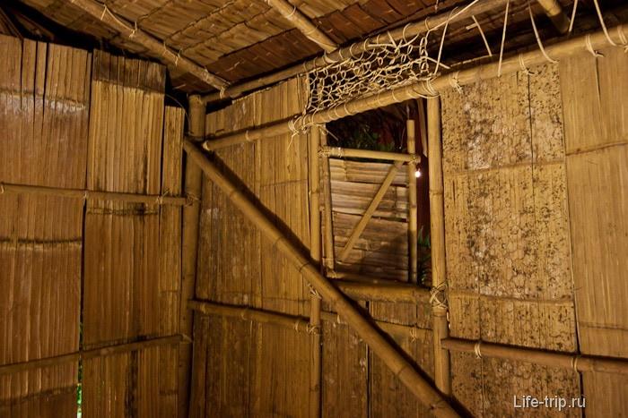 Культурная деревня - бамбуковый домик