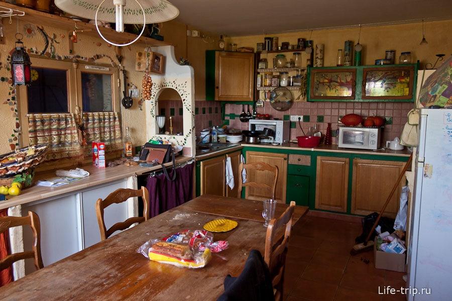 В этой кухне очень многое сделано своими руками