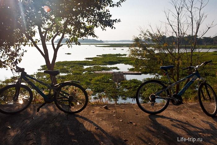 Велопрогулка к озеру Chaing saen