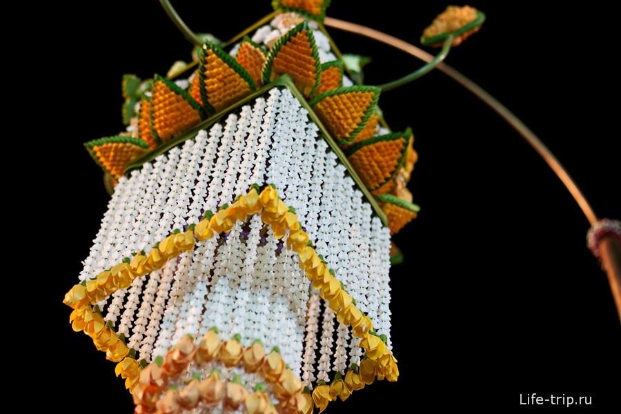 Фестиваль цветов в Чиангмай, цветочный фонарик