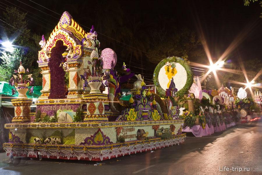 Фестиваль цветов Таиланда, повозки для парада