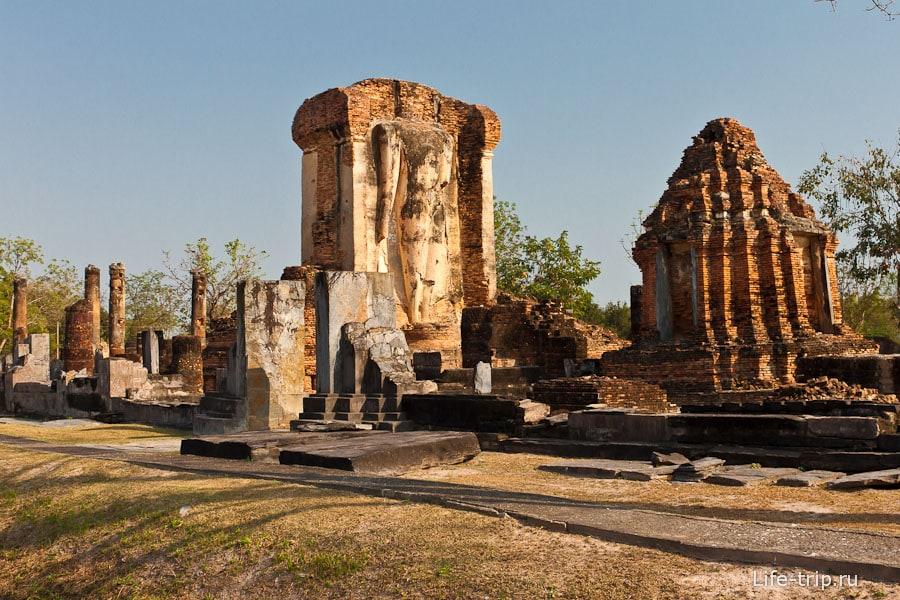 Wat Chetuphon в южной части Сукхотай