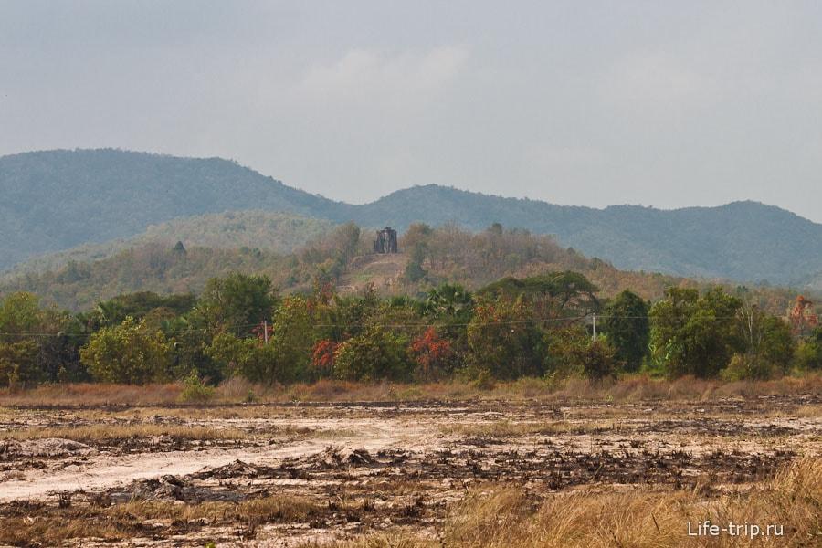 Wat Saphan Hin на горе