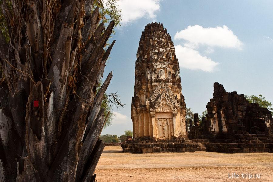Wat Phra Phai Luang в Сукхотай