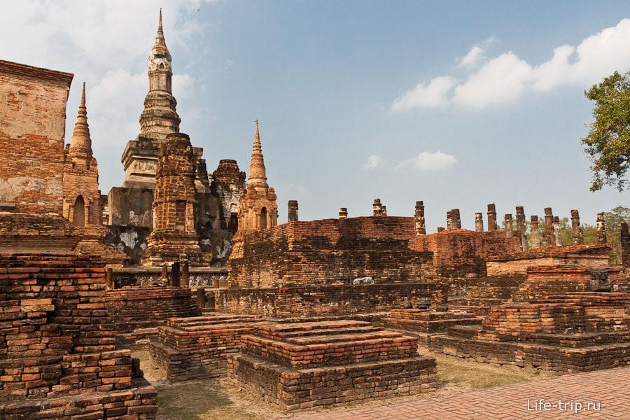 Wat Mahathat в Сукхотай