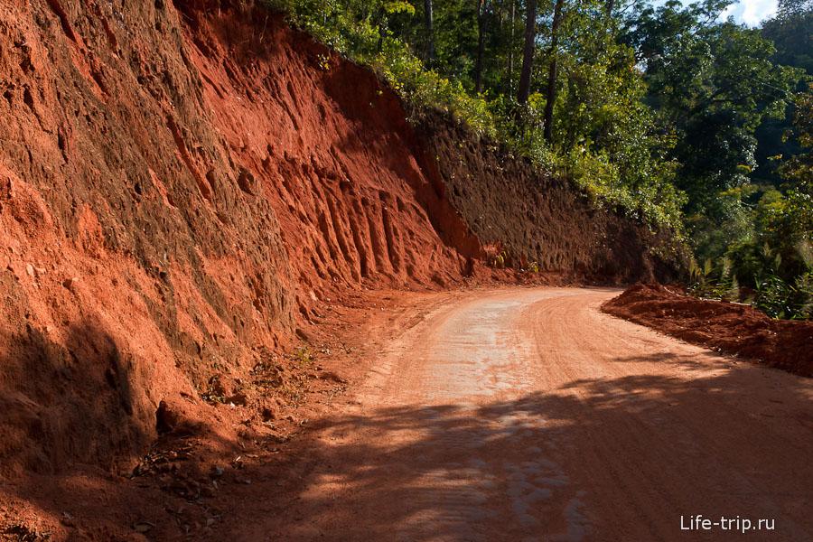 Красная дорога вглубь Таиланда