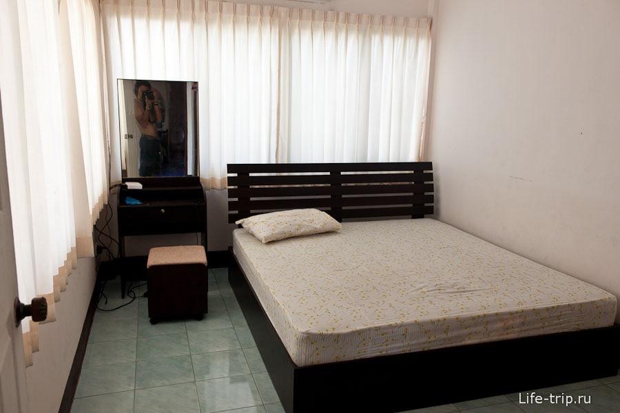 Еще одна спальня