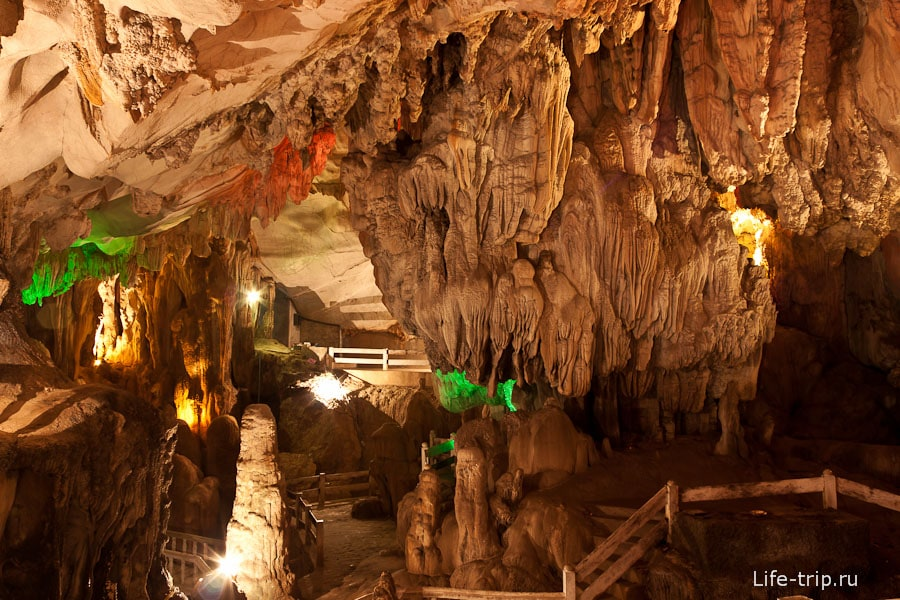 Tham Chang Cave
