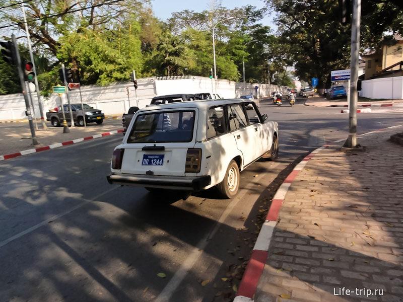 Ваз 2104 в Лаосе. Вьентьян