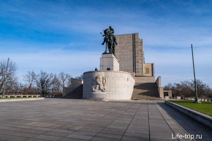 Памятник Яну Жижке на Витковом Холме