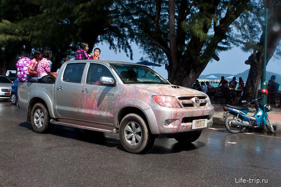 Машина, очищенная розовым тальком