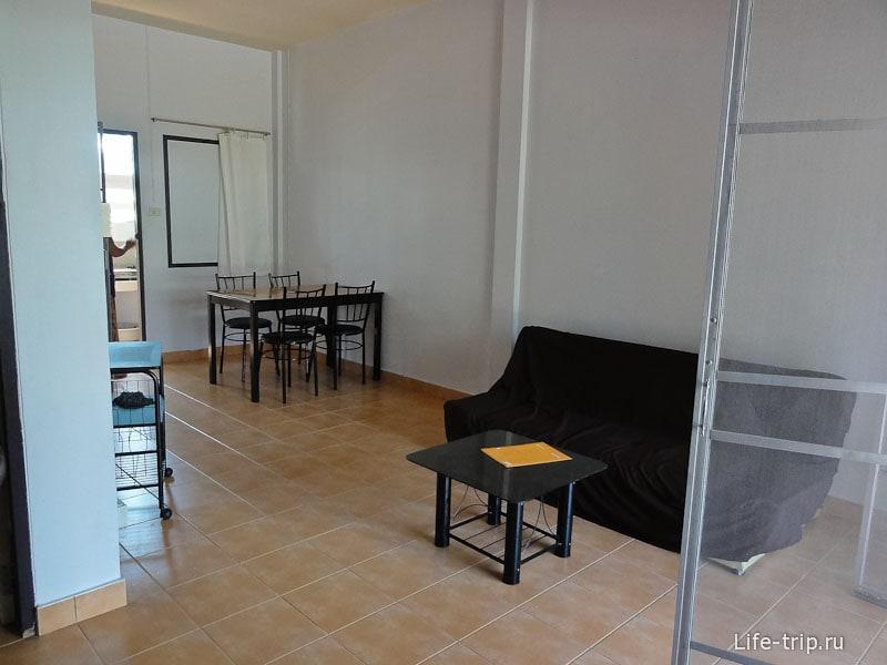 Дом за 8000 бат с тремя комнатами