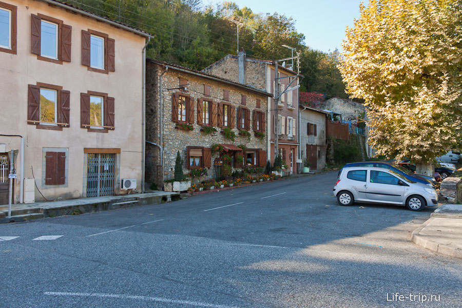 Типичные ухоженные улочки маленьких городков
