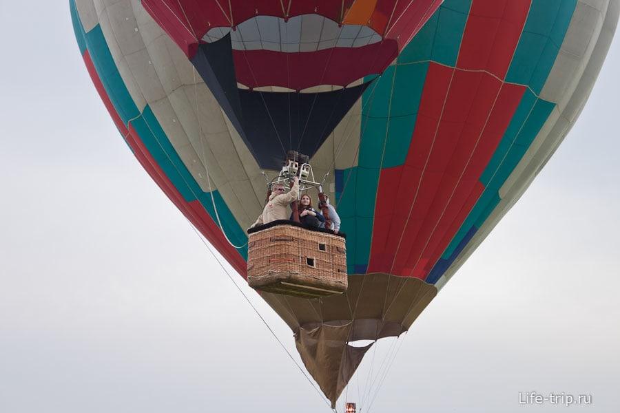 Первые воздушные шары уже в воздухе