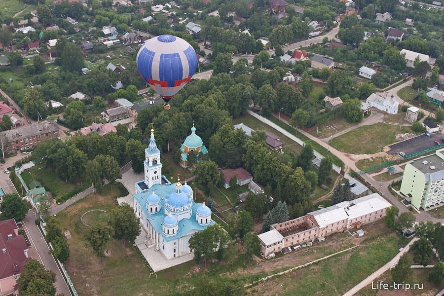 Город Дмитров под нами