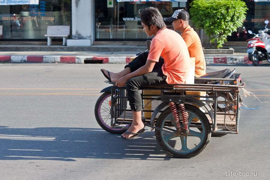 Парень в коляске даже не парится
