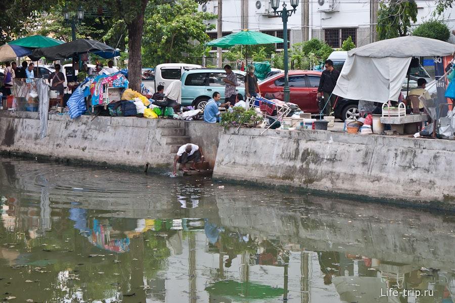 В Бангкоке много каналов
