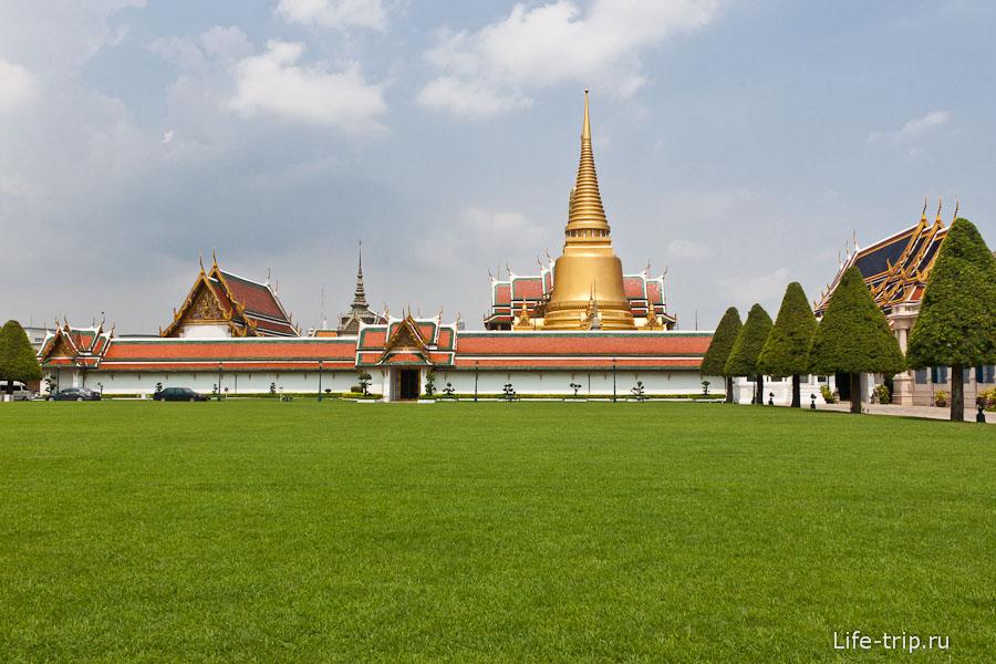 Комплекс Королевского дворца в Бангкоке