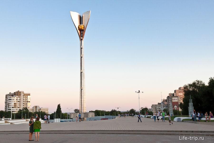 Театральная площадь в Ростове-на-Дону