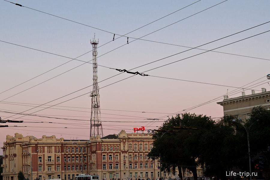 Клетчатое небо Ростова