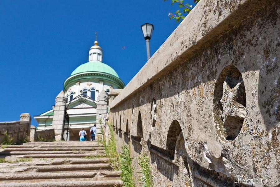 Армянская церковь Сурб-Хач